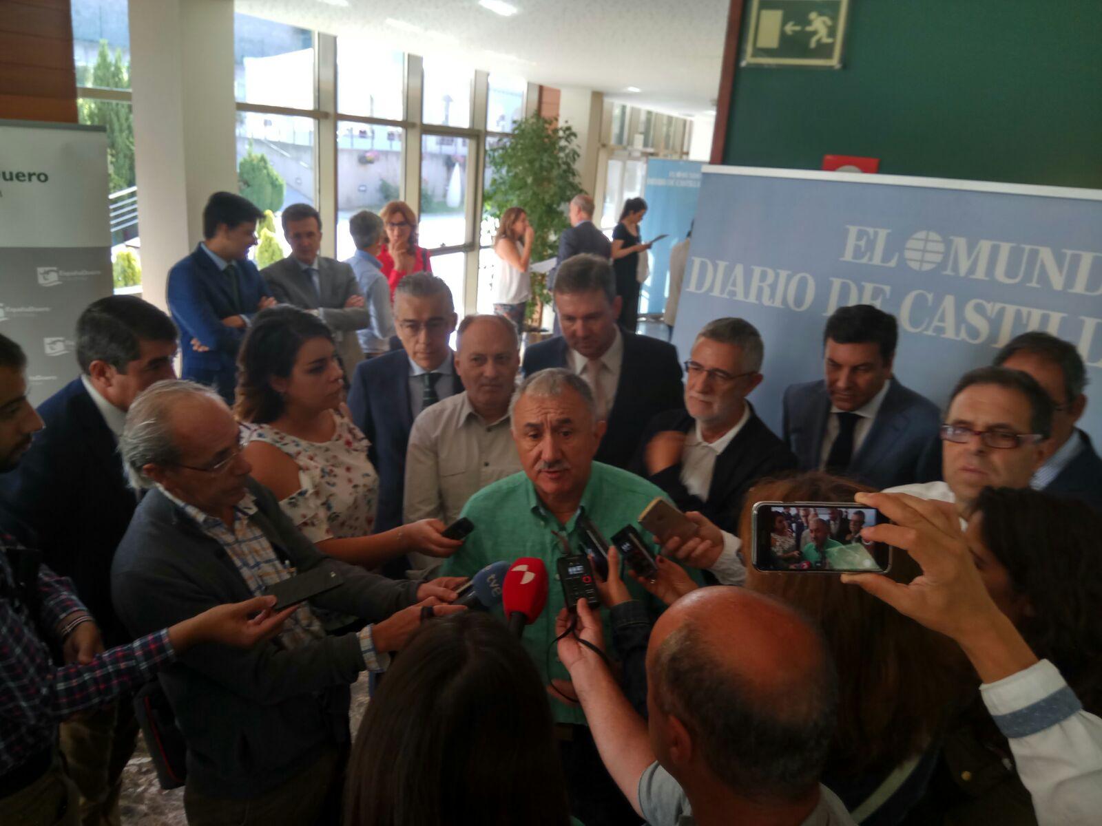 """Pepe Álvarez, Secretario General #UGT, clausura #ClubPrensaMundoCyL """"El Sector Multiservicios ante los nuevos retos laborales"""" #PrecarioNo"""