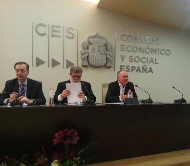 Faustino Temprano durante su intervención sobre el Diálogo Social en Castilla y León
