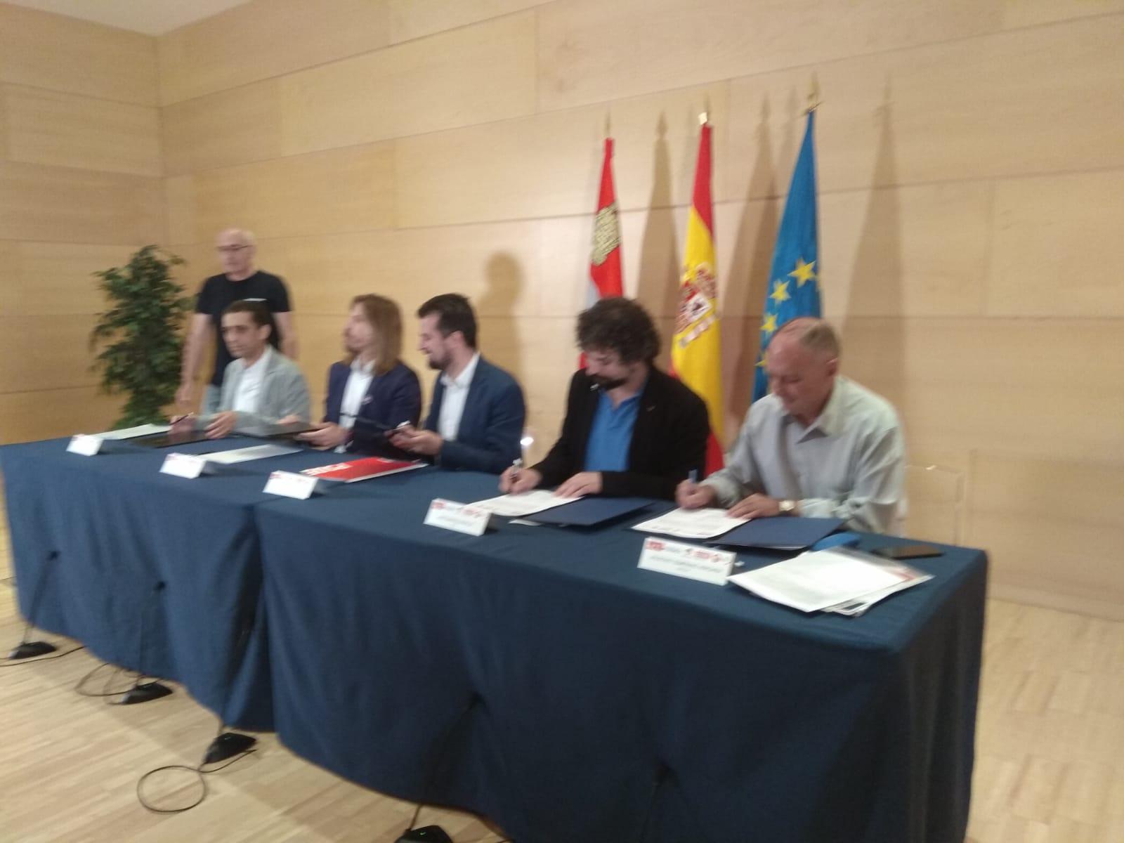 #PactoFiscalCyL @CCOO_CyL @PSOE_CyL, @iucyl, @podemos_Cyl y @UGTCyL