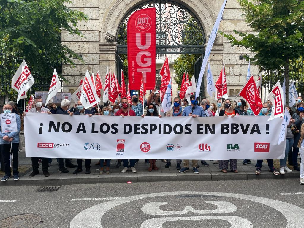 Concentración de BBVA en Valladolid